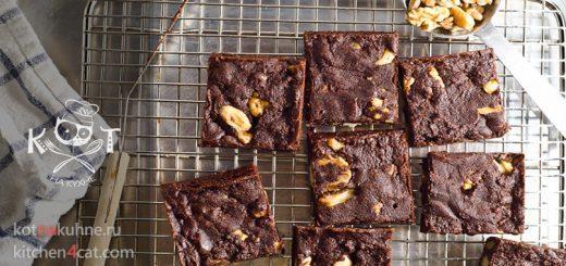 Шоколадные брауни из какао с орехами