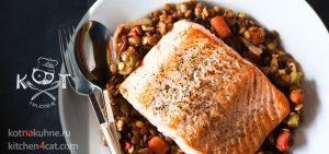 Чечевица с овощами, обжаренная с рыбой