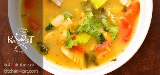 Мексиканский куриный суп с авокадо и лаймом