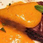 Сладкий соус из хурмы с имбирем и мятой к рыбе и десертам