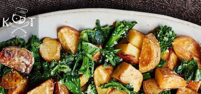 Запеченная картошка с брокколи под сыром