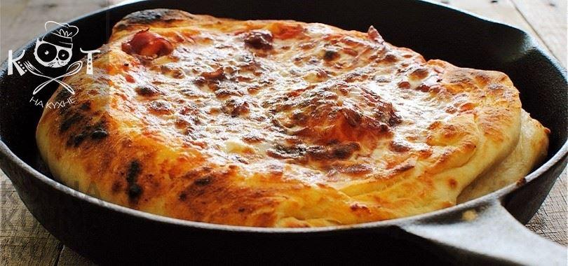 Дрожжевая основа для пиццы на сковороде