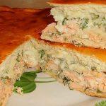Быстрый рыбный пирог без дрожжей на кефире с консервами и сыром