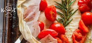 Тилапия в белом вине с помидорами (в духовке или на гриле)
