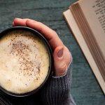 Кофе с молоком, корицей и медом